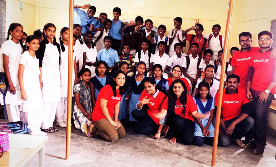 Oracle Volunteers team up with Agastya International Foundation
