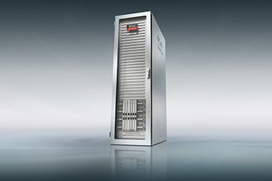 Learn about the unique architecture in Oracle's SPARC M8-8
