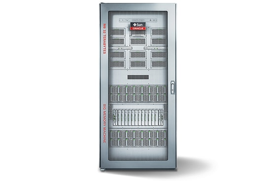 Oracle's SPARC M6-32 Server front face view
