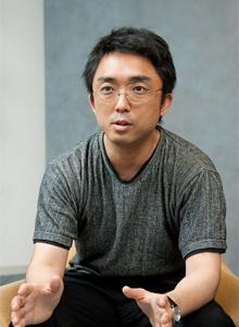 「Oracle LOVERS」の主宰者 吉田 基崇氏。ユーザー会を立ち上げるにあたって、氏はmixiで会員をスカウト
