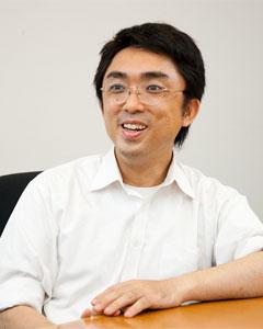 「Oracle LOVERS」主宰者の吉田 基崇氏。同ユーザー会ではmixiで参加者を募集する